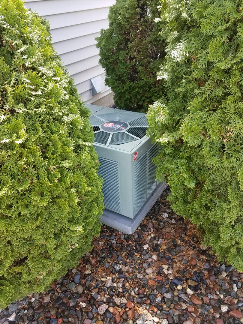 Saint Michael, MN - Furnace and A.C. service. Performed a cleaning and tune up on a Rheem furnace and air conditioner.