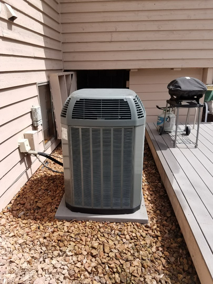Plymouth, MN - A/C tune up on Trane condensing unit in plymouth