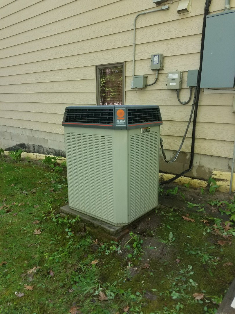 Saint Michael, MN - Air conditioner maintenance. Performed a cleaning and tune up on a Trane A.C.