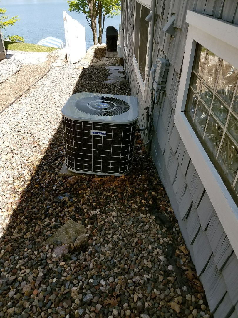 Princeton, MN - A/C tune up and clean on Tempstar condensing unit in Princeton