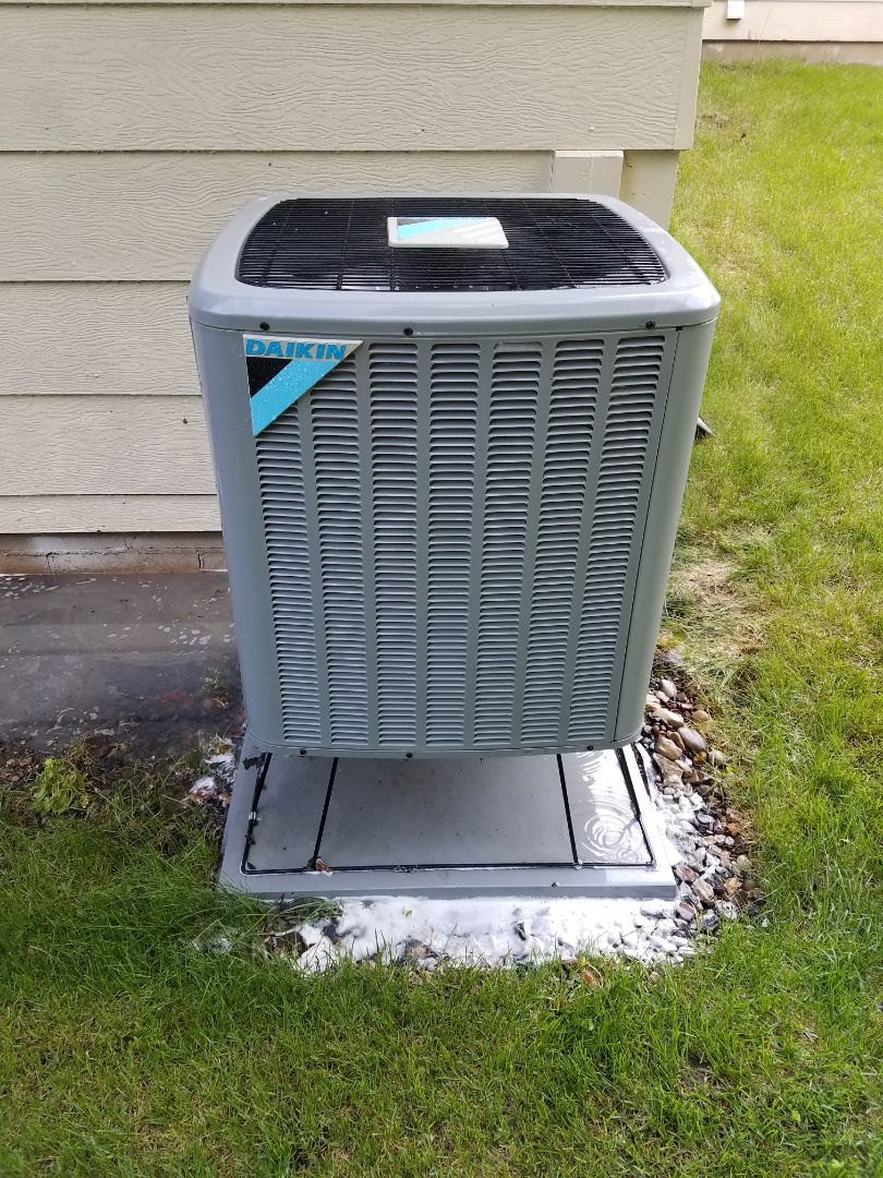 Coon Rapids, MN - Daikin ac no cool.  Damage thermostat wire. Performed yearly ac tune up