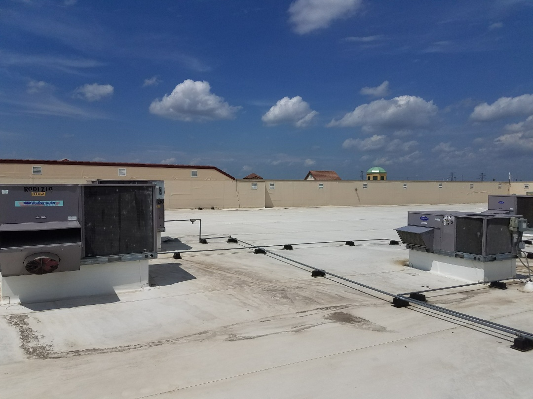Maple Grove, MN - Cooling service. Diagnosed and repaired 3 Carrier RTU's.