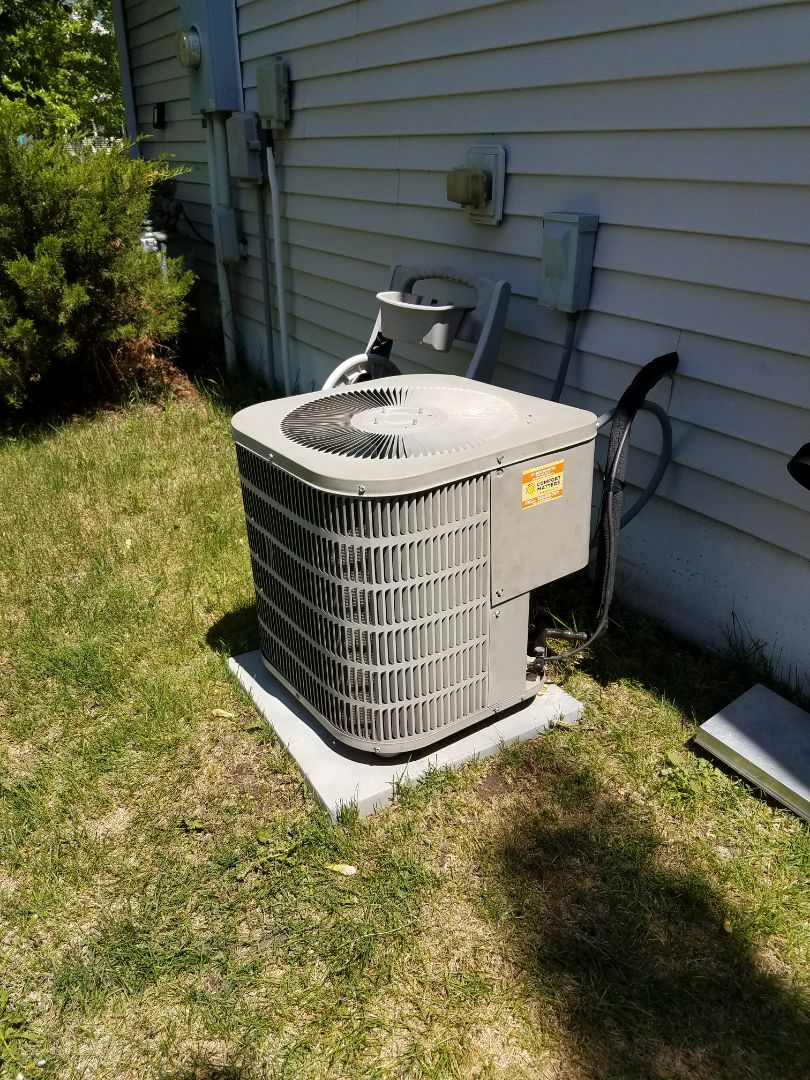 Saint Michael, MN - AC service. Installed a motor booster on a Goodman air conditioner.