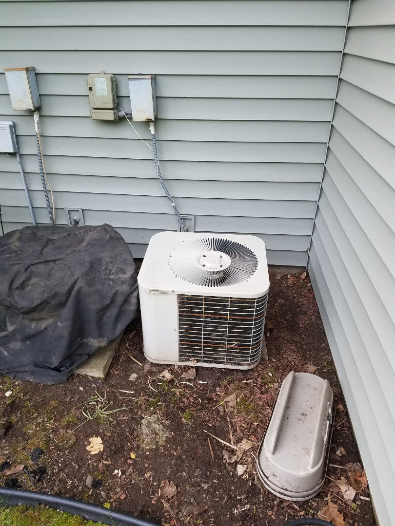 Saint Michael, MN - Bryant ac not cooling well. Low on refrigerant charge
