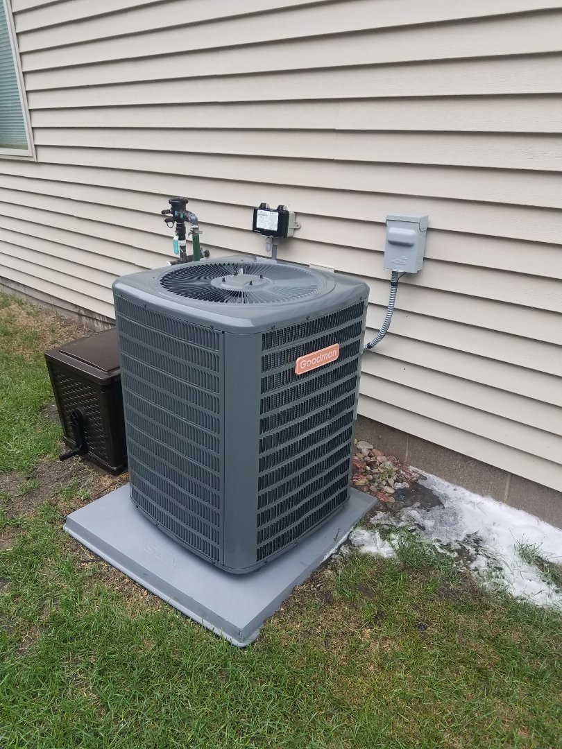 Rockford, MN - AC maintenance. Performed a cleaning and tune up a Goodman air conditioner.