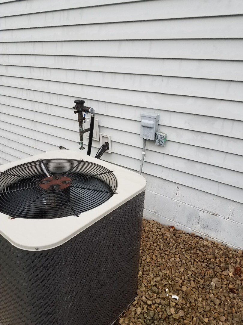 Otsego, MN - A/C tune up and clean on Gibson unit in Otsego. Replaced supco surge protector on recall with new one.