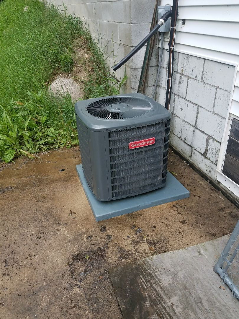 Plymouth, MN - A/C tune up and clean on Goodman condensing unit in Plymouth
