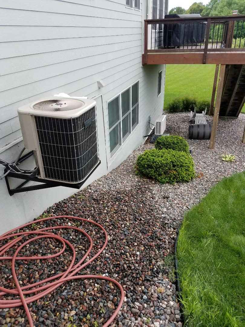 Orono, MN - A/C and mini split tune up and clean on condensing units in Orono