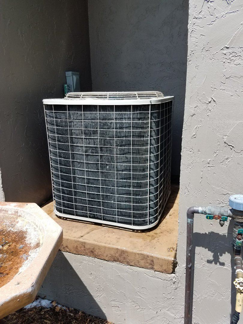 Orono, MN - A/C tune up and clean on Bryant condensing unit in Tonka bay