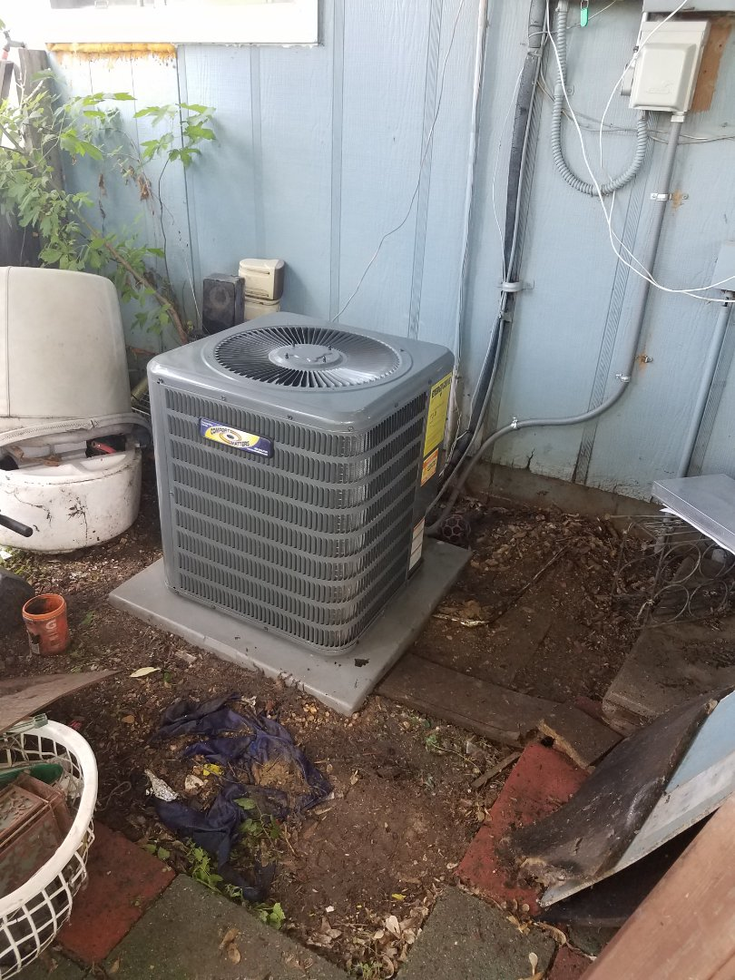 Corcoran, MN - Air conditioner service. Installed a blower motor and capacitor, also performed a blower wheel cleaning on a Bryan furnace and an AC cleaning and tune up on a Comfort Matter air conditioner.