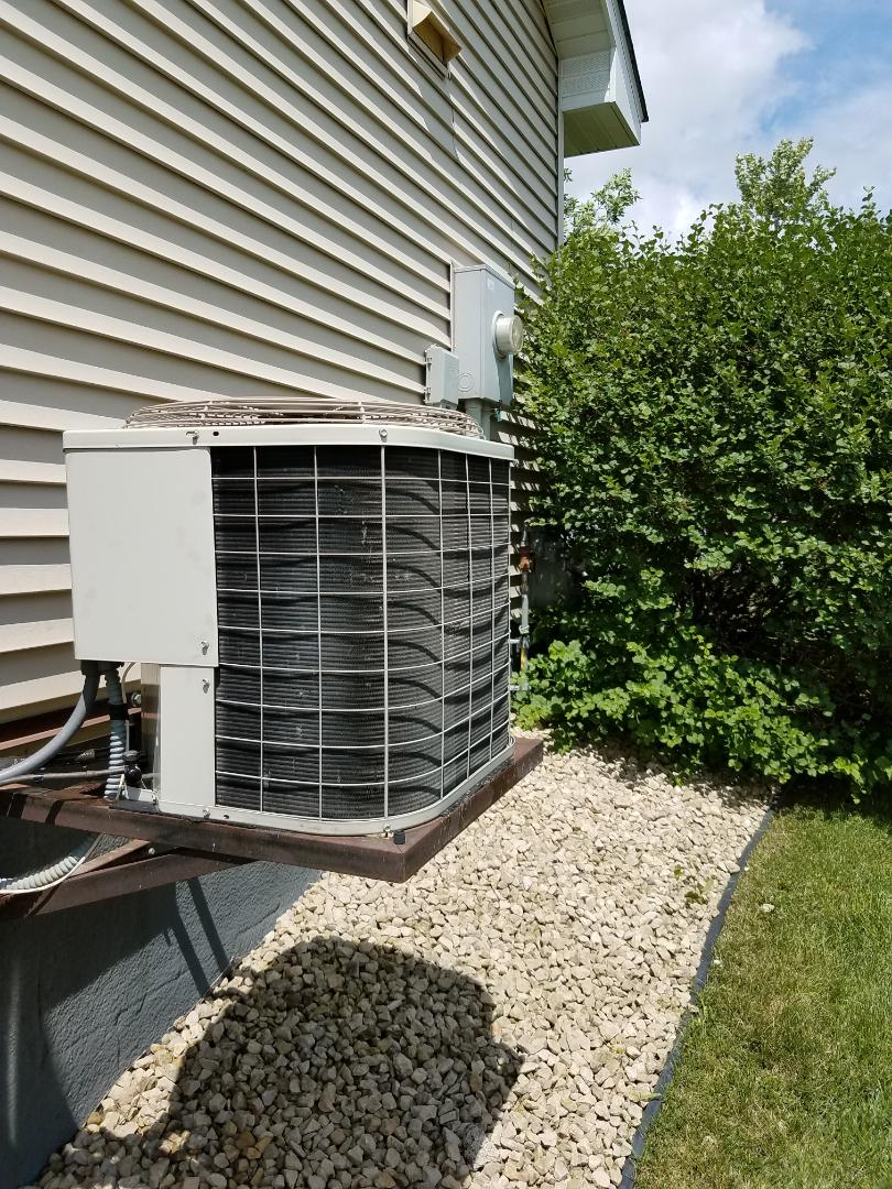 Otsego, MN - Found a/c low on charge. Added leak sealant and balanced R410A refrigerant on carrier unit in otsego