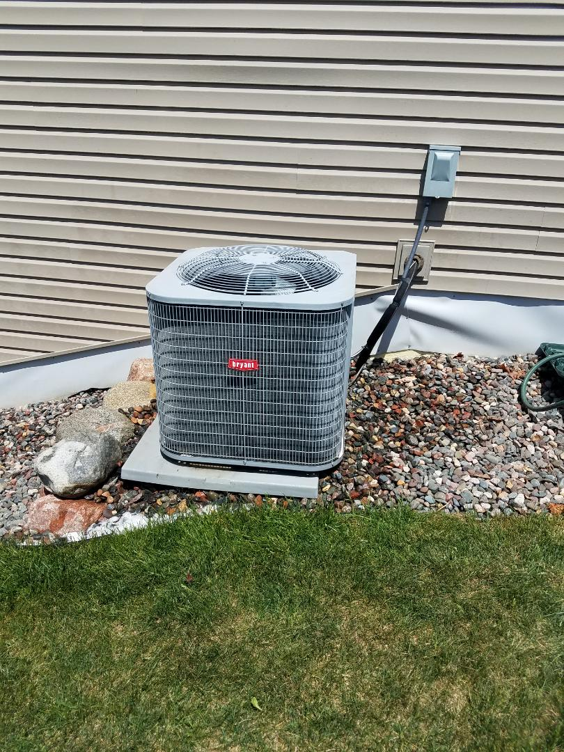Maple Grove, MN - AC service. Installed a capacitor and contactor and performed a cleaning and tube up on a Bryant air conditioner.