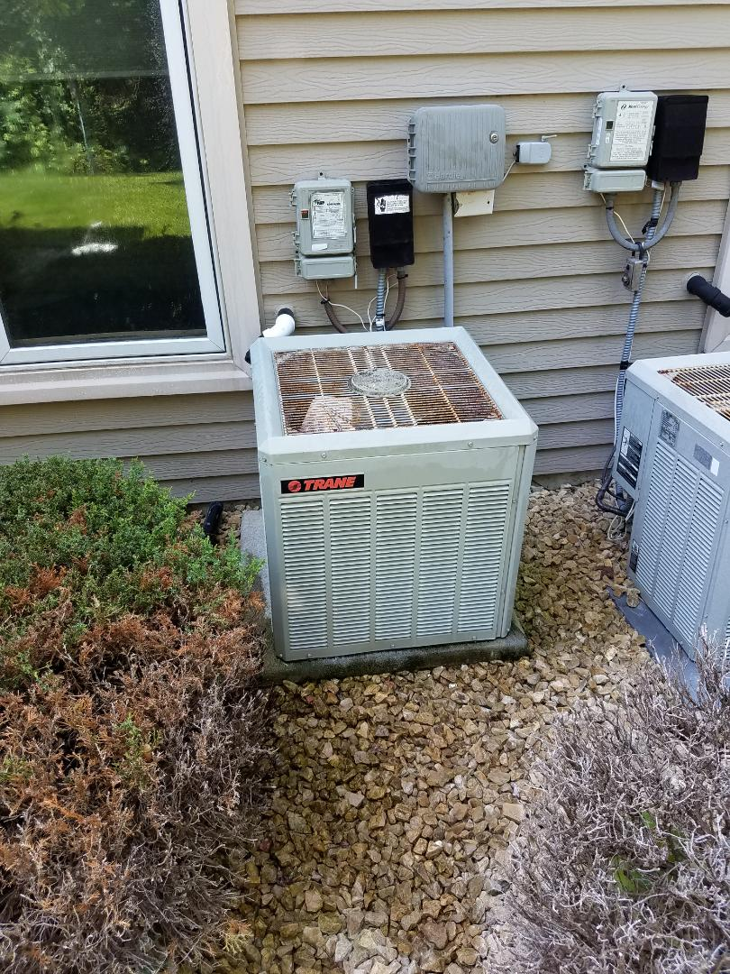 Minneapolis, MN - No cooling call on trane unit in Plymouth. Found blown capacitor, replaced capacitor, cleaned condensing unit and performed a/c tune up