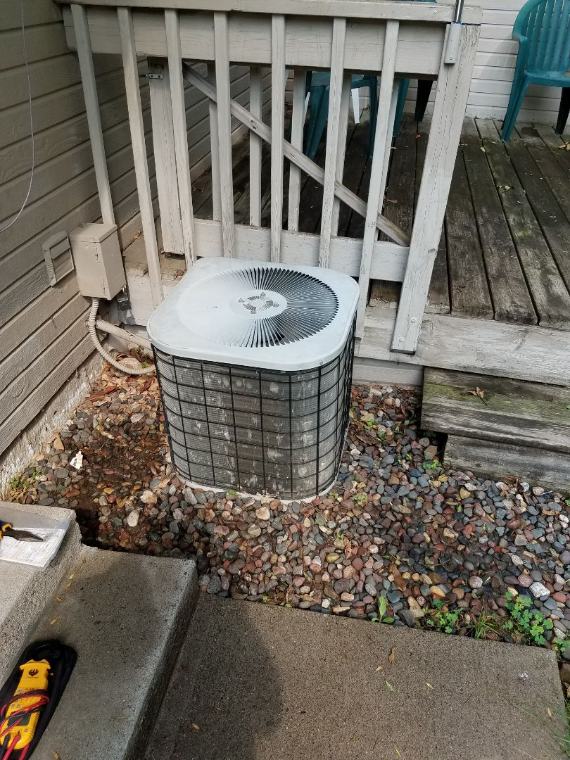 Corcoran, MN - Found compressor locked up on tempstar condensing unit. Installed start assist kit until replacement is in place.