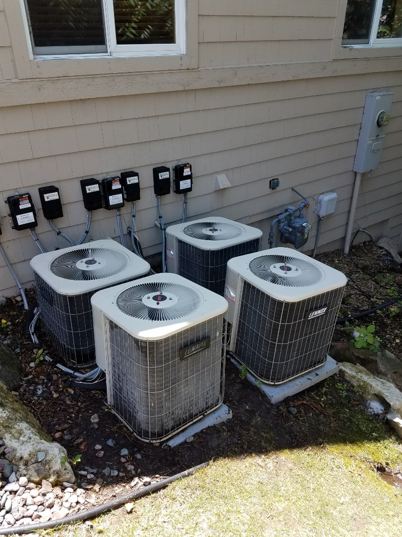 Plymouth, MN - Commercial AC service. Performed a cleaning and tune up on 4 Lennox air conditioners.