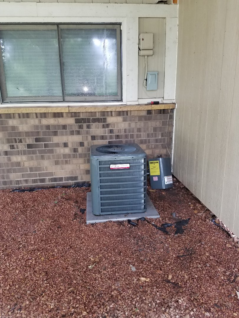 Maple Grove, MN - A/C tune up and clean on Goodman condensing unit in Maple Grove