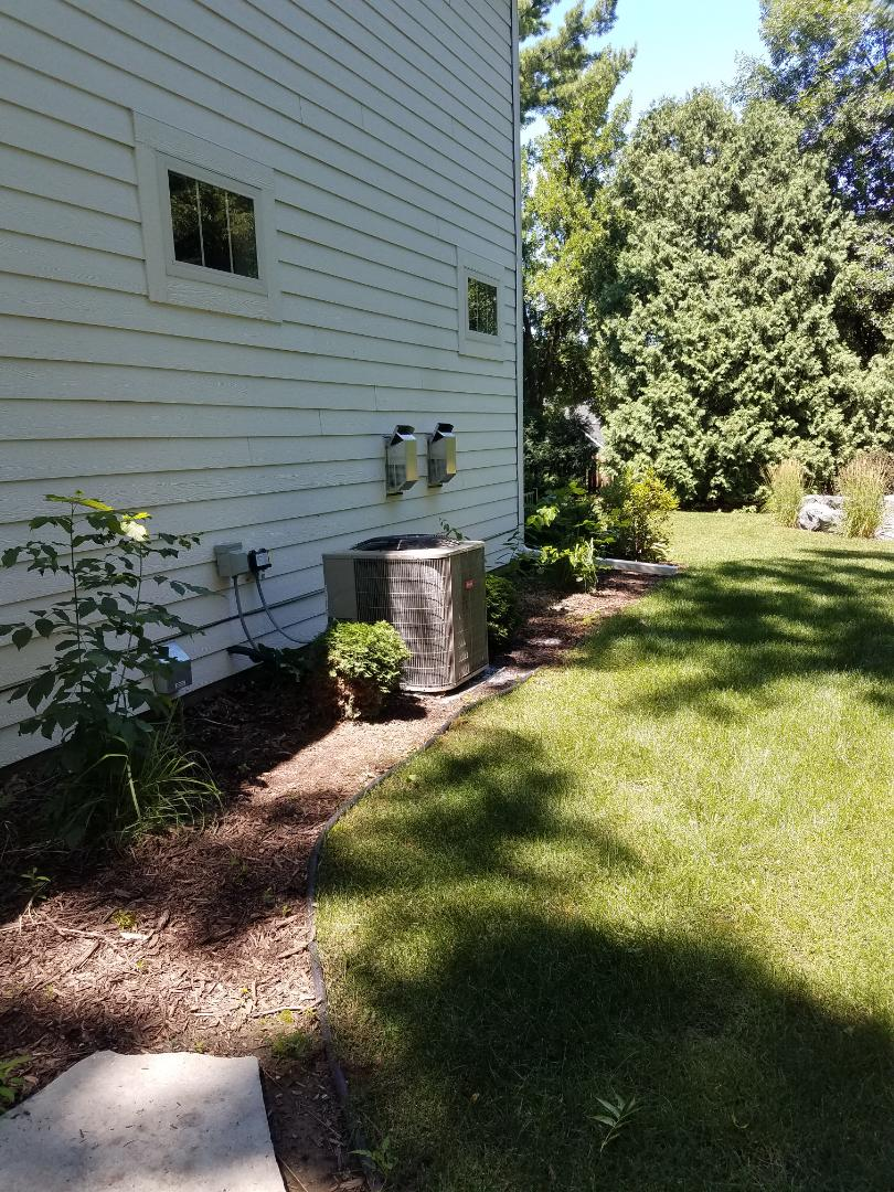 Edina, MN - Air conditioner cleaning and tune up on a Bryant