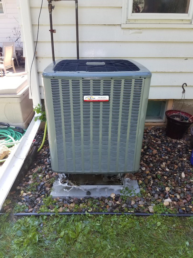 Mound, MN - Air conditioning tune up and cleaning on Goodman air conditioner