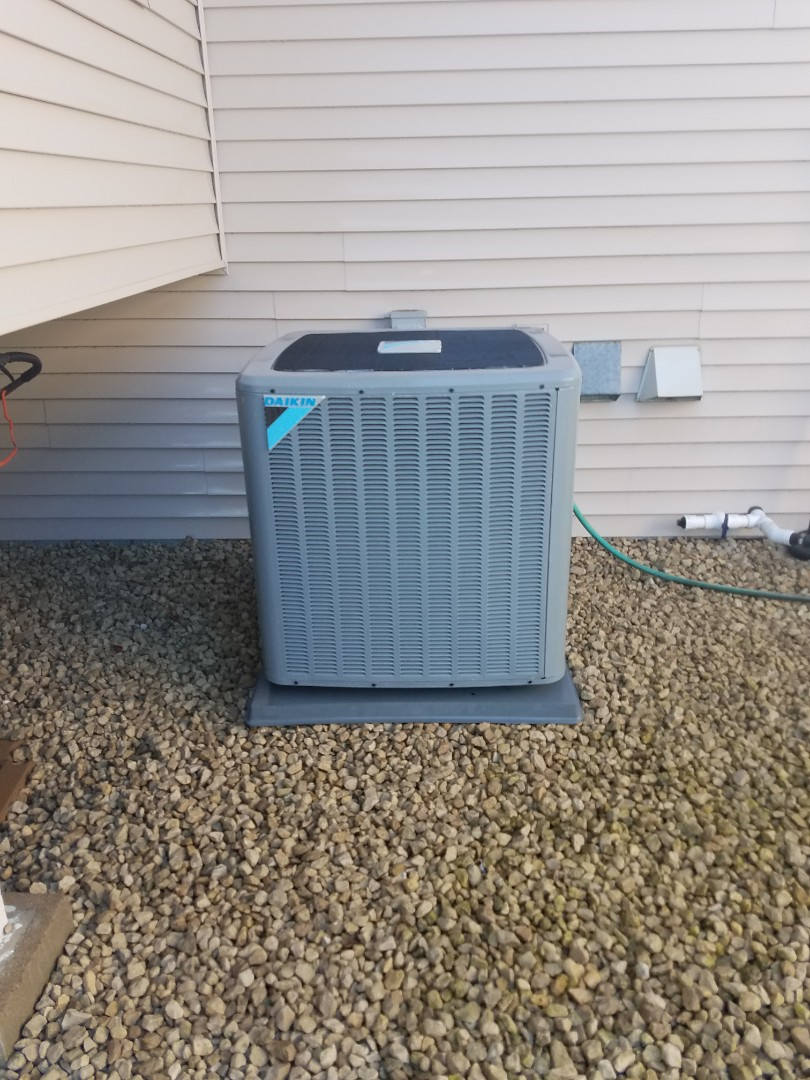 Corcoran, MN - Air conditioning tune up and cleaning on daikin air conditioner