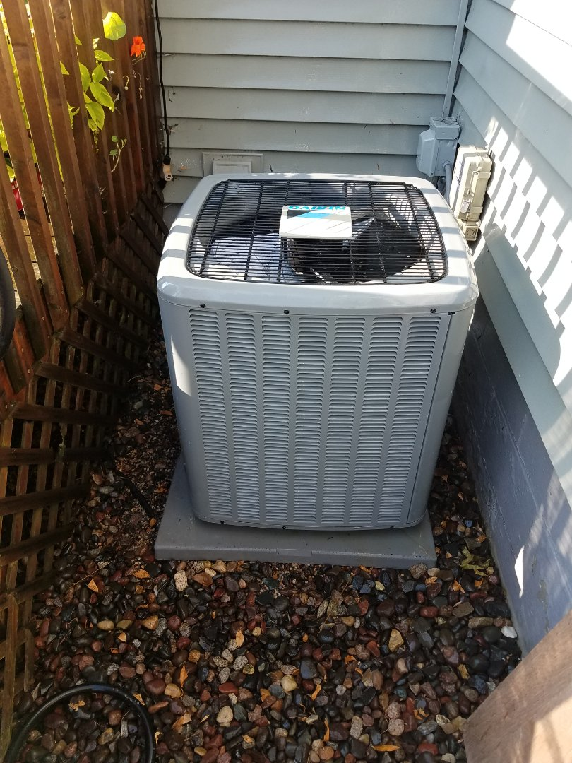 Saint Louis Park, MN - Air conditioning tune up and cleaning on daikin air conditioner