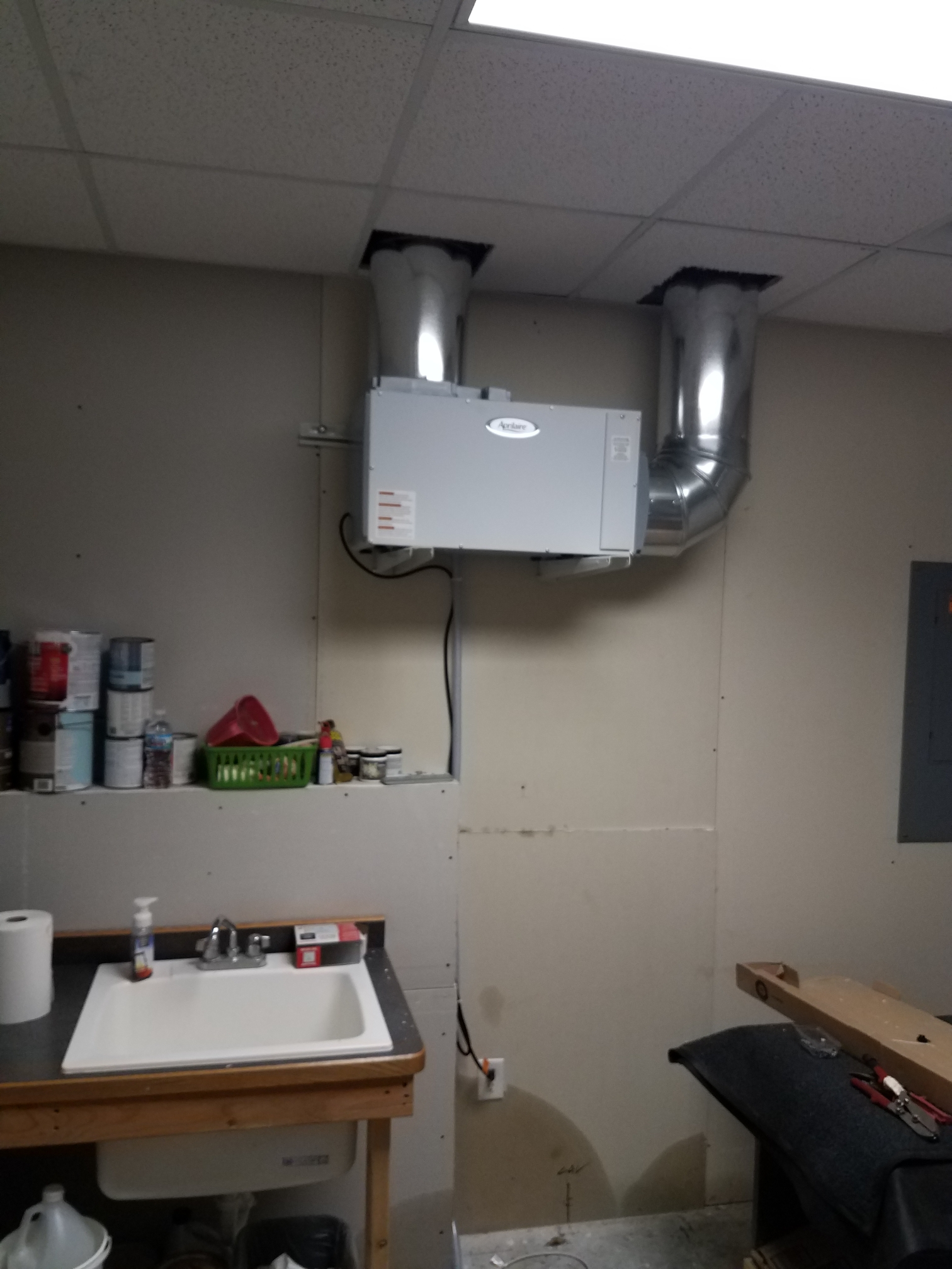 Hanover, MN - Install the Aprilaire dehumidifier