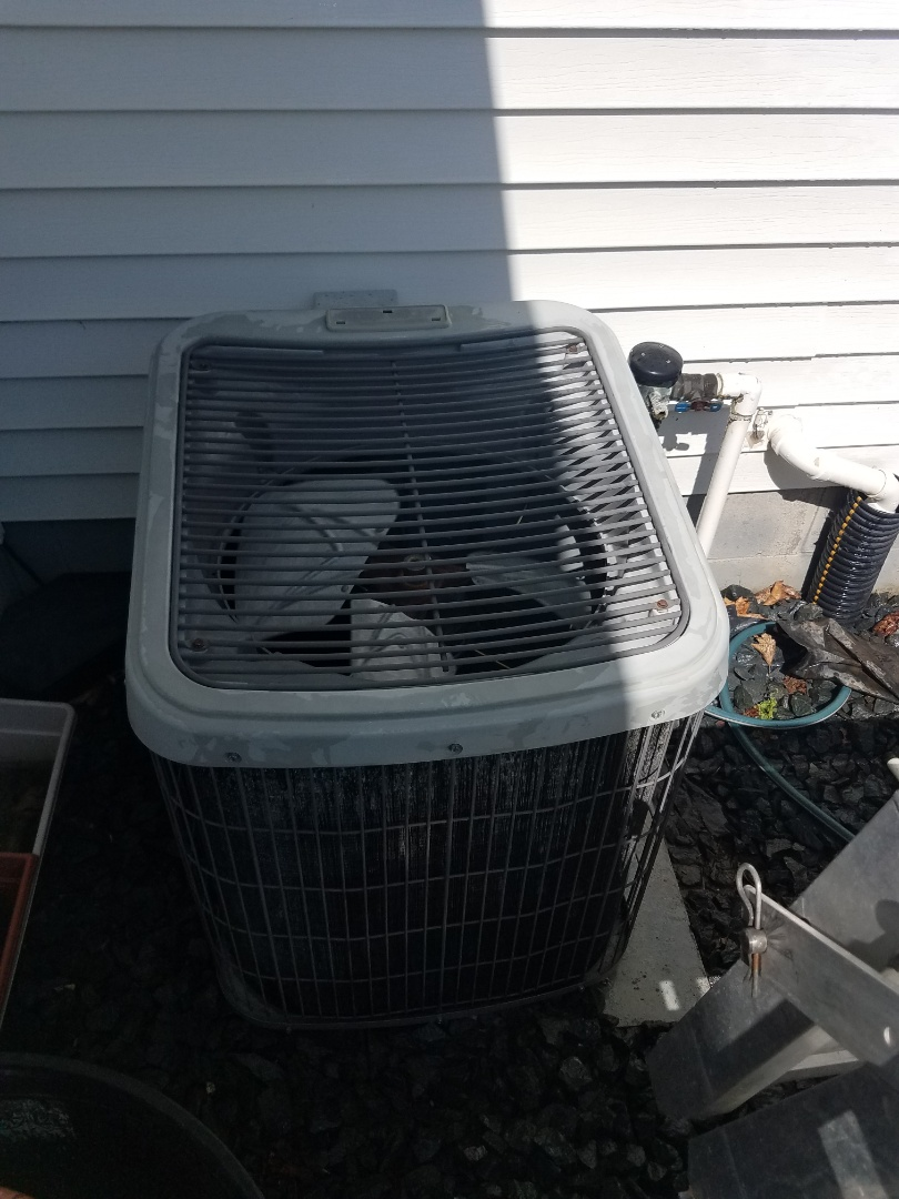 Rogers, MN - Air conditioning tune up and cleaning on air conditioner