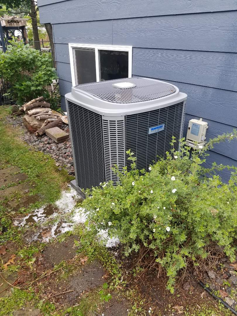 Buffalo, MN - Ac not cooling, found failed motor booster. Replaced motor booster on tempstar condenser unit, cleaned and tuned up unit. System is now cooling in buffalo