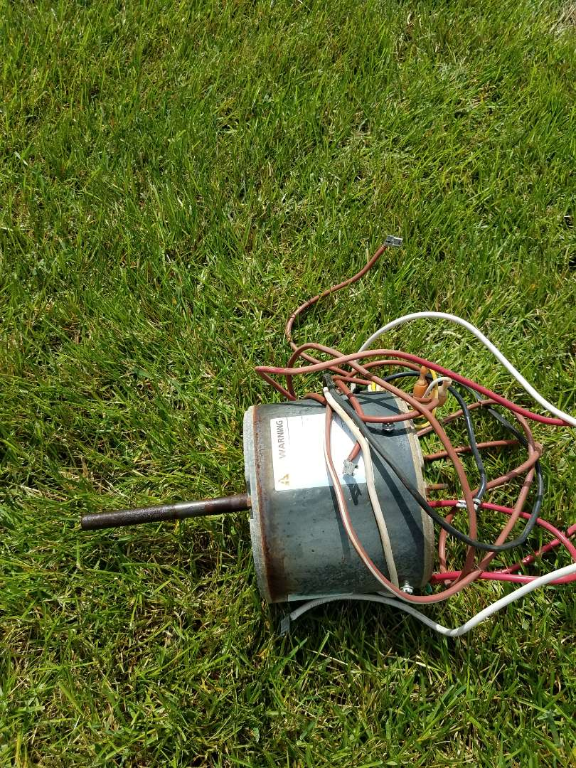 Otsego, MN - A/C not cooling, found outdoor fan motor had failed. Replaced with new one and tested operation in Otsego