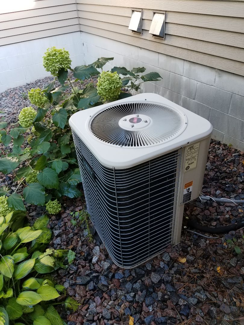 Otsego, MN - Ac tune up and clean on Lennox unit in becker.