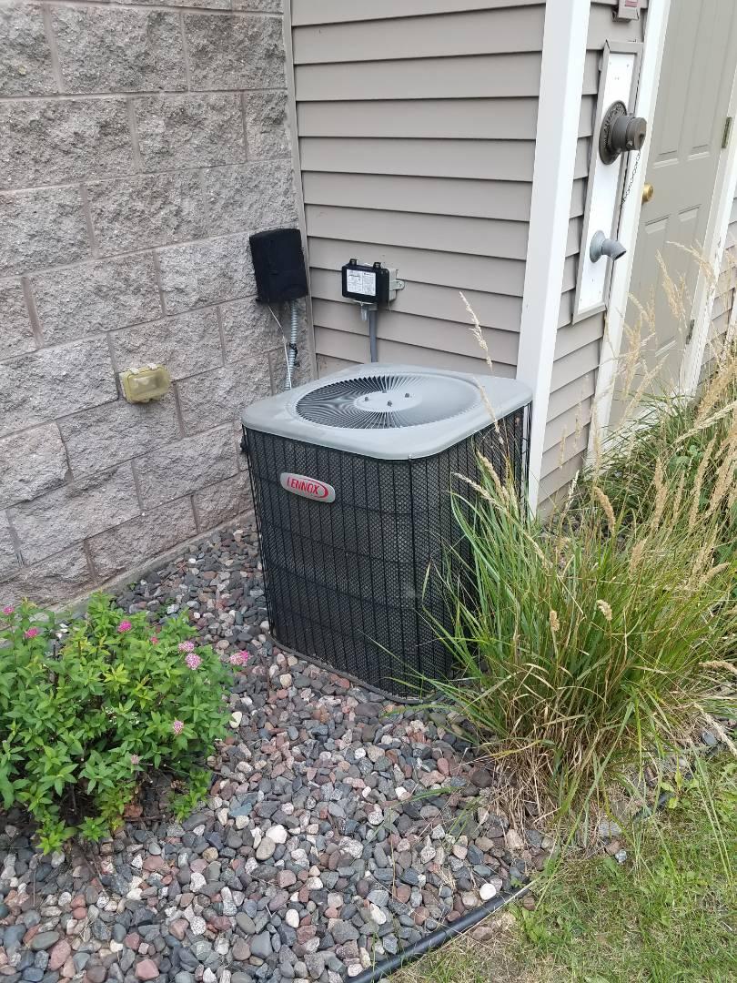 Champlin, MN - No cooling call on a Lennox