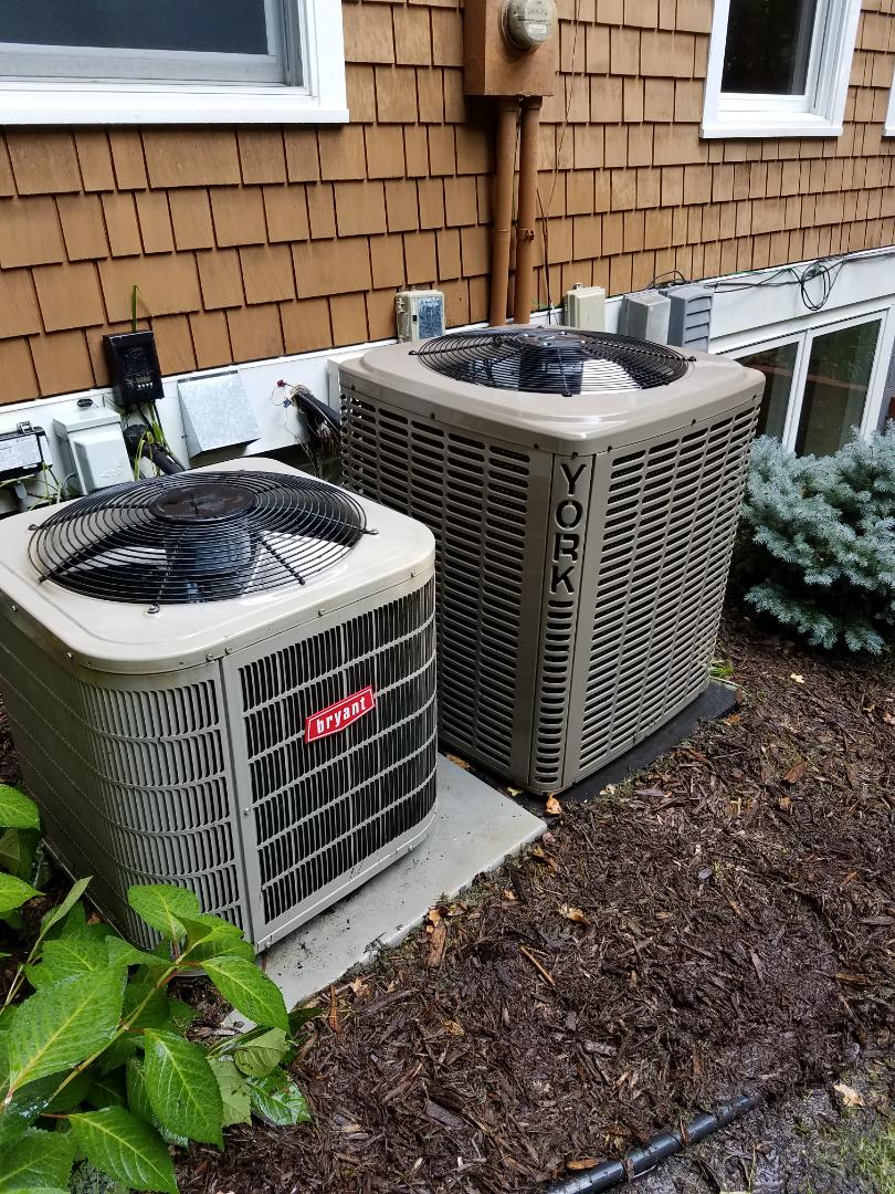 Minneapolis, MN - Air conditioning tune up and cleaning on Bryant and York air conditioners