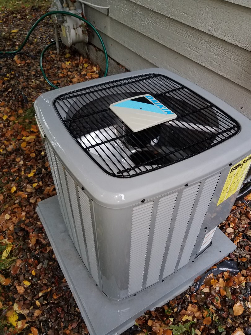 Minneapolis, MN - Air conditioning tune up and cleaning on daikin air conditioner