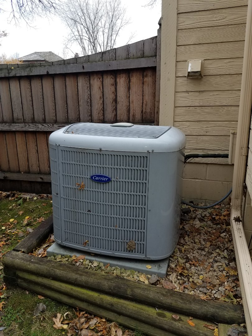 Plymouth, MN - Replaced contactor on carrier a/c unit in Plymouth