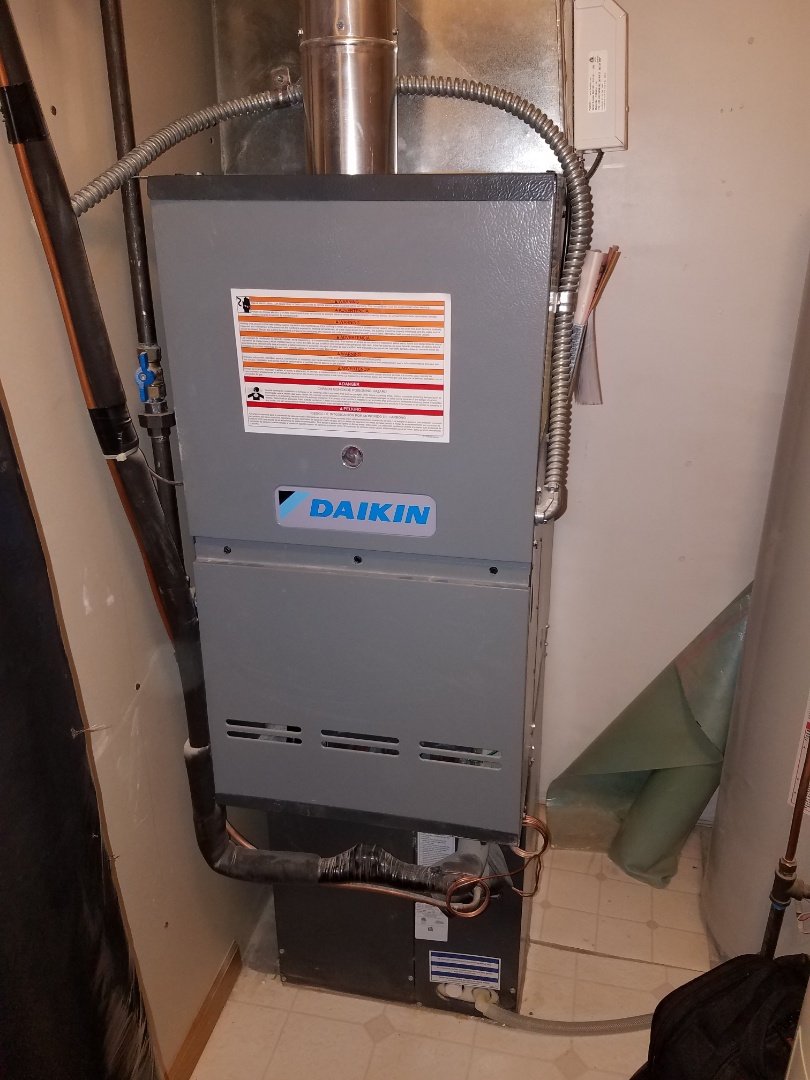 Elk River, MN - Furnace tune up and cleaning on daikin furnace