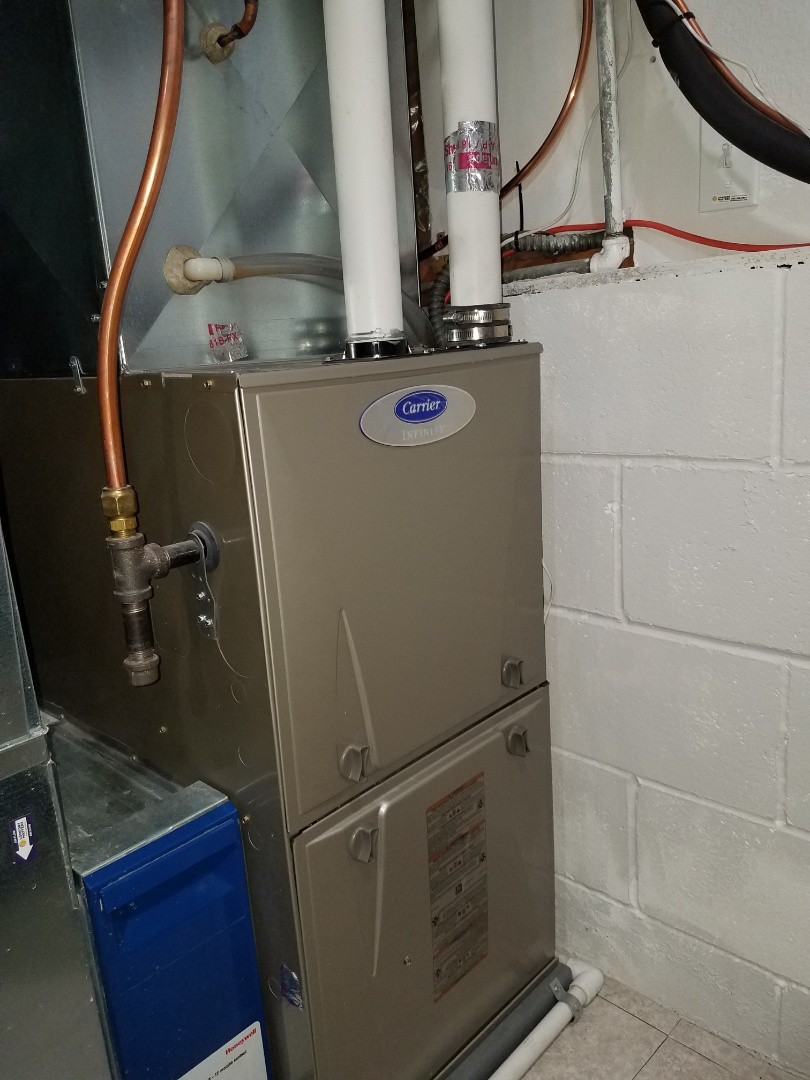 Dayton, MN - Furnace tune up and clean on Carrier unit in Plymouth