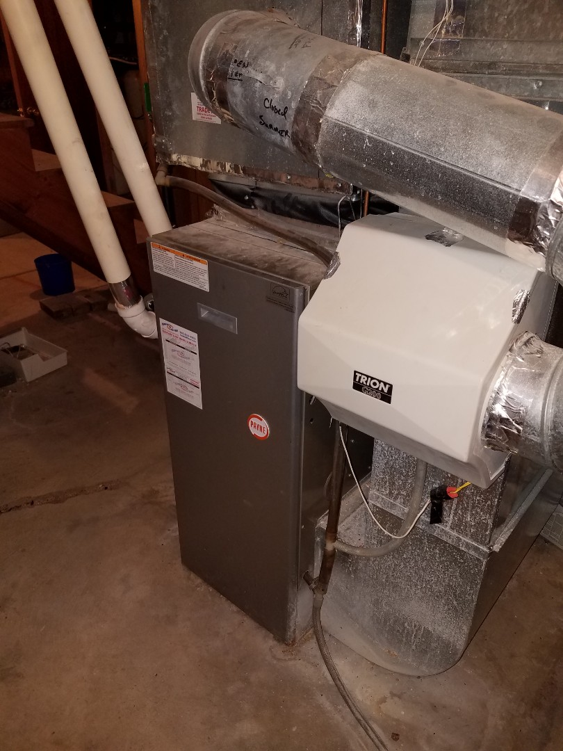 Plymouth, MN - Heating service. Diagnosed a failed Hunter thermostat on a Payne furnace.