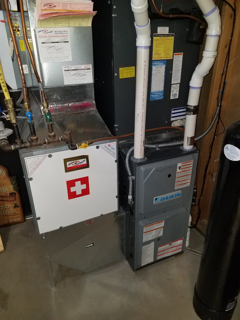 Loretto, MN - Furnace tune up and clean on Daikin unit in Hanover