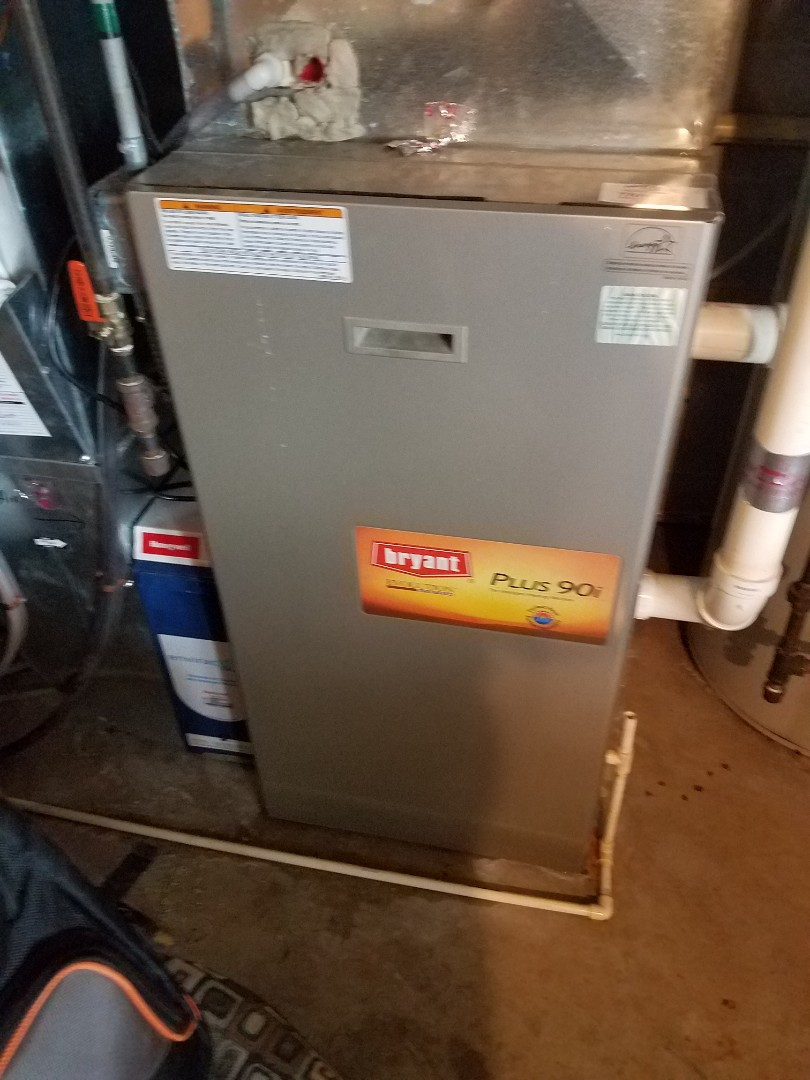 Plymouth, MN - Furnace tune up and cleaning on Bryant furnace