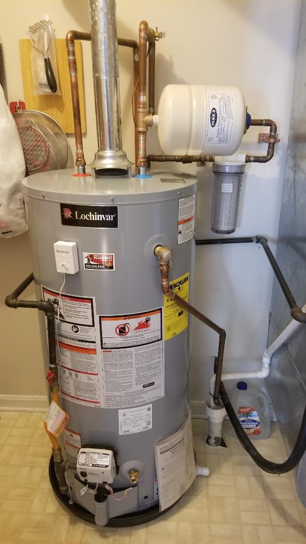 Jeffersonville, IN - Water heater installation