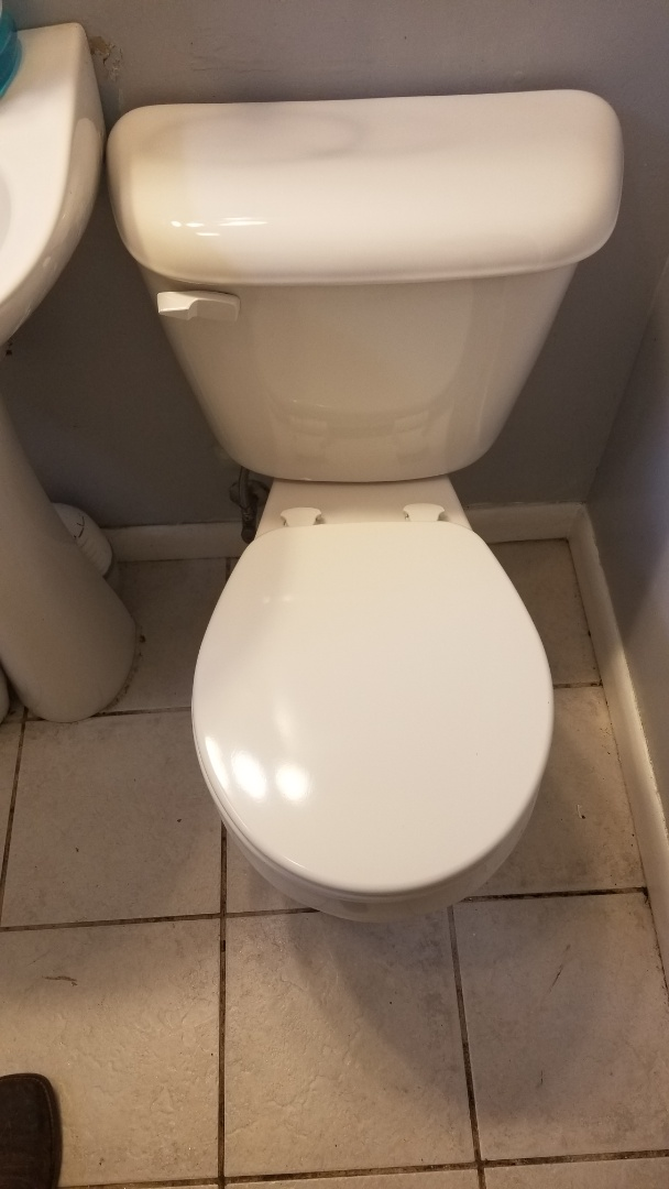 Jeffersonville, IN - New toilet installation and drain cleaning