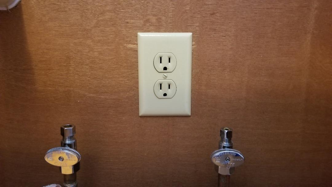 Sellersburg, IN - New shutoff valves for kitchen sink