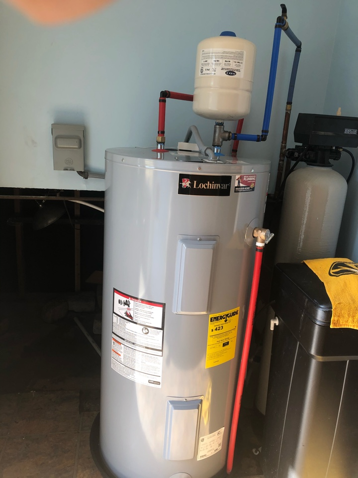Jeffersonville, IN - Water heater