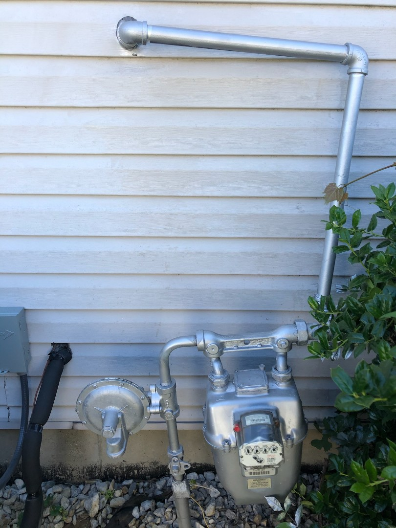 Jeffersonville, IN - Repaired gas line and installed new outside faucet