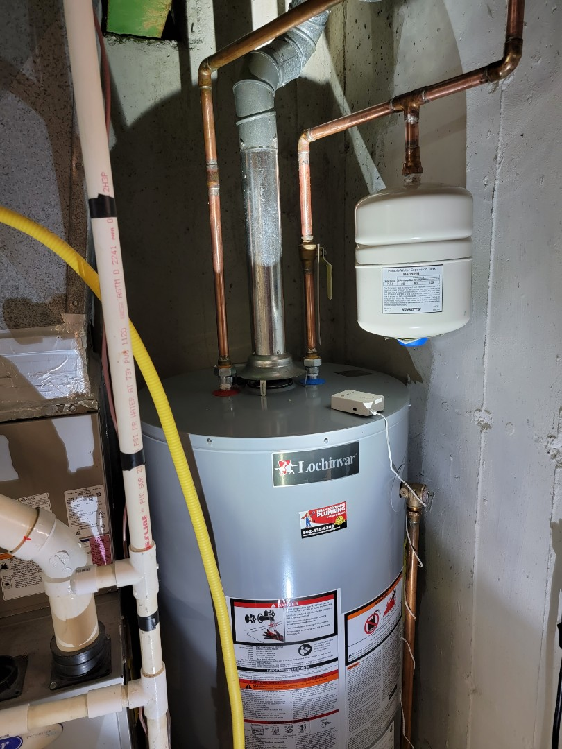 Jeffersonville, IN - New 50 gallon gas water heater with shut off valve