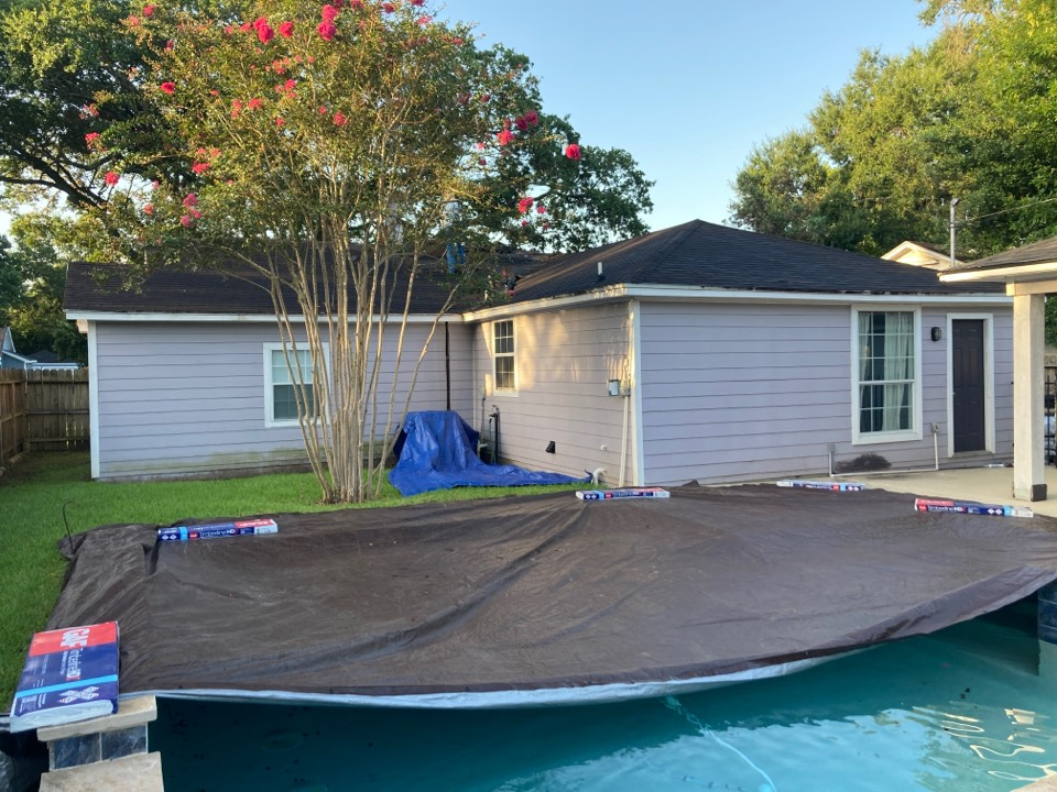 Houston, TX - Another roof today! Shingles will be GAF HDZ Charcoal. Ventilation will be an Attic Breeze solar fan!