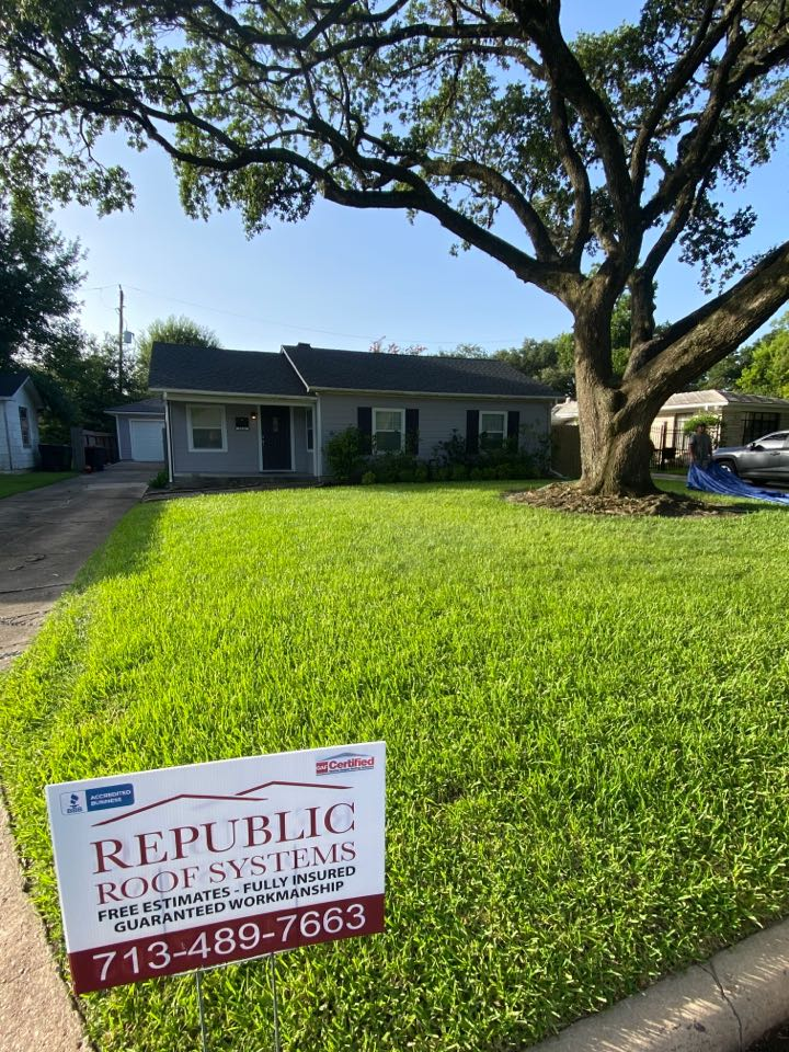 Houston, TX - Crazy to see how much a new roof can transform a home! Another happy customer!