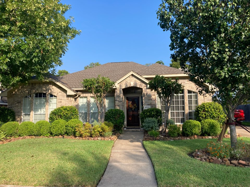 Pearland, TX - Roof inspection for wind damaged shingles from the recent tropical storm. We will be preparing a roof proposal for roof repair!