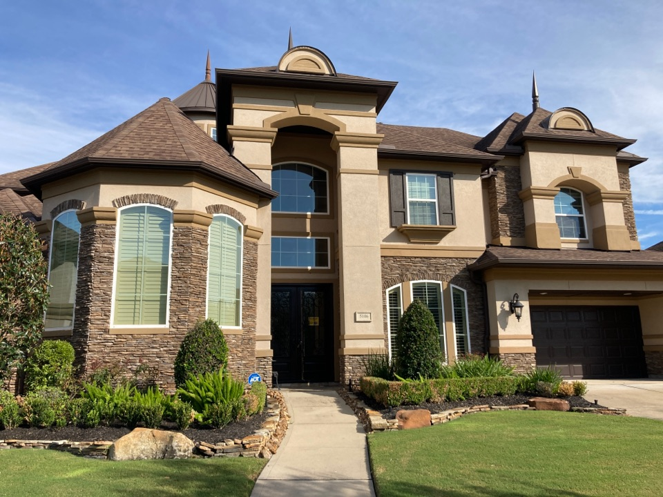 Sugar Land, TX - Roof inspection this morning. Looking at wind damaged shingles and preparing a roof repair proposal.