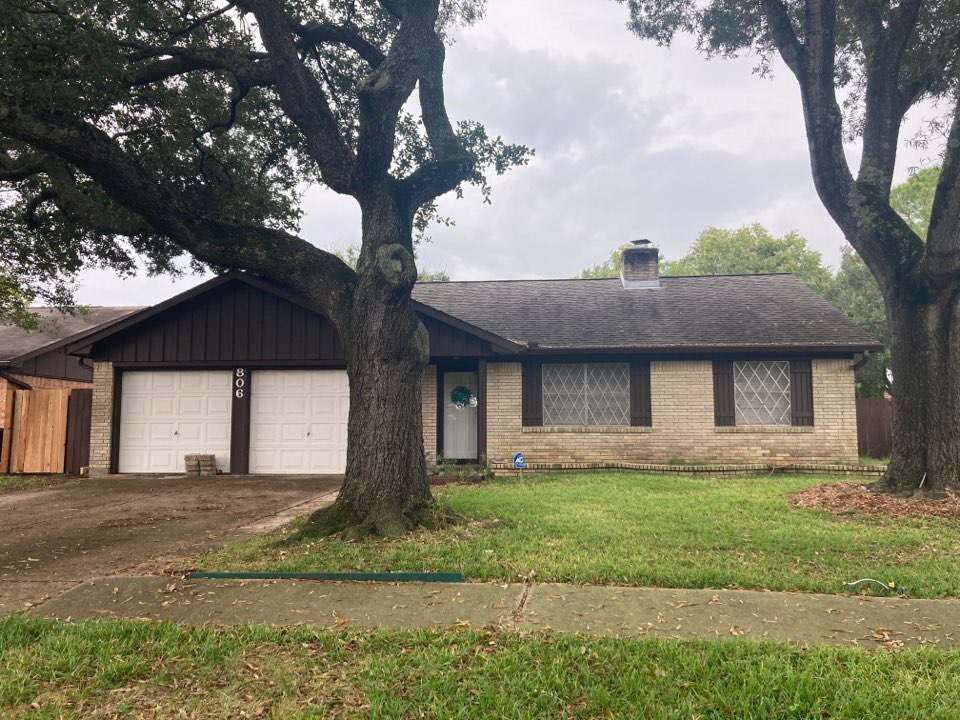 Houston, TX - Roof inspection for roof replacement before solar panels are installed.