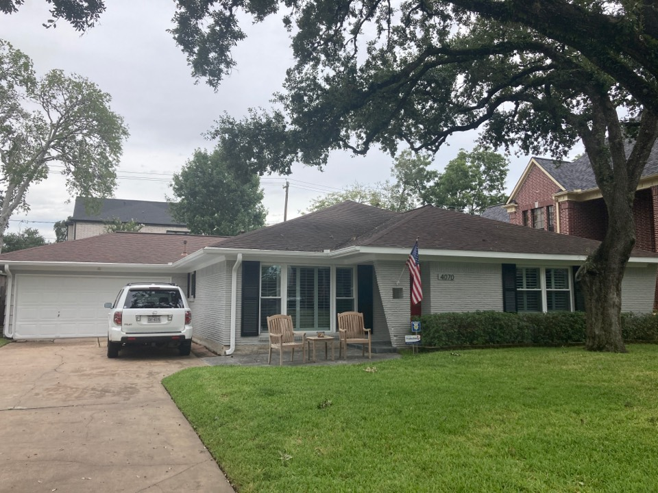 Houston, TX - Roof inspection today for a roof repair. This roof work will be using a metal roof panel custom fabricated. If you have an old roof or roof leaks, call us for a roof inspection today!